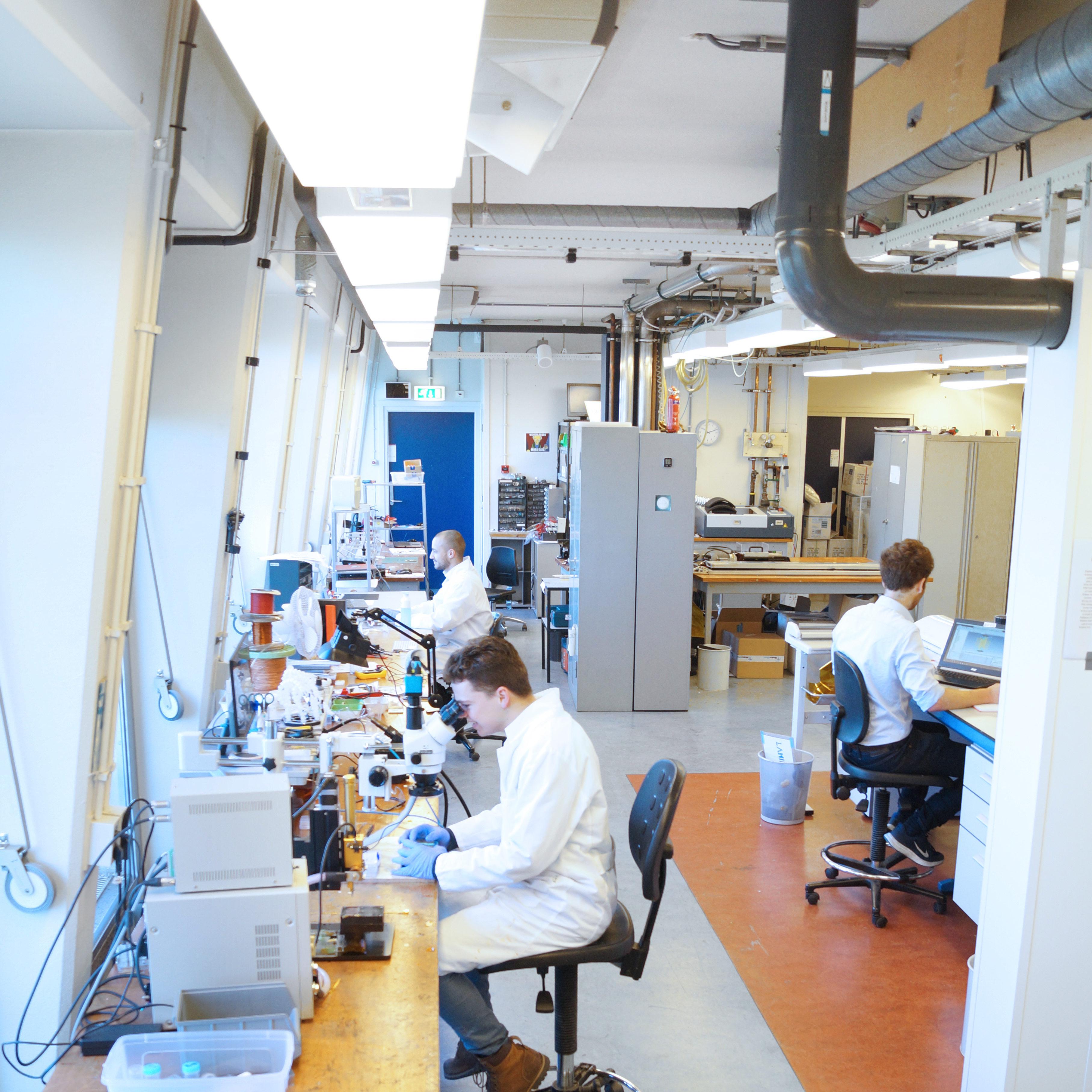 Lab facilities Delft Circuits